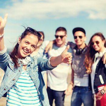adolescentes-en-grupo